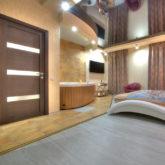 Изготовление и монтаж специализированных деревянных дверей в гостинице Alex Hotels