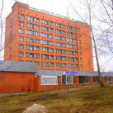 Изготовление деревянных дверей для гостиницы Усть-Илим в Иркутской области